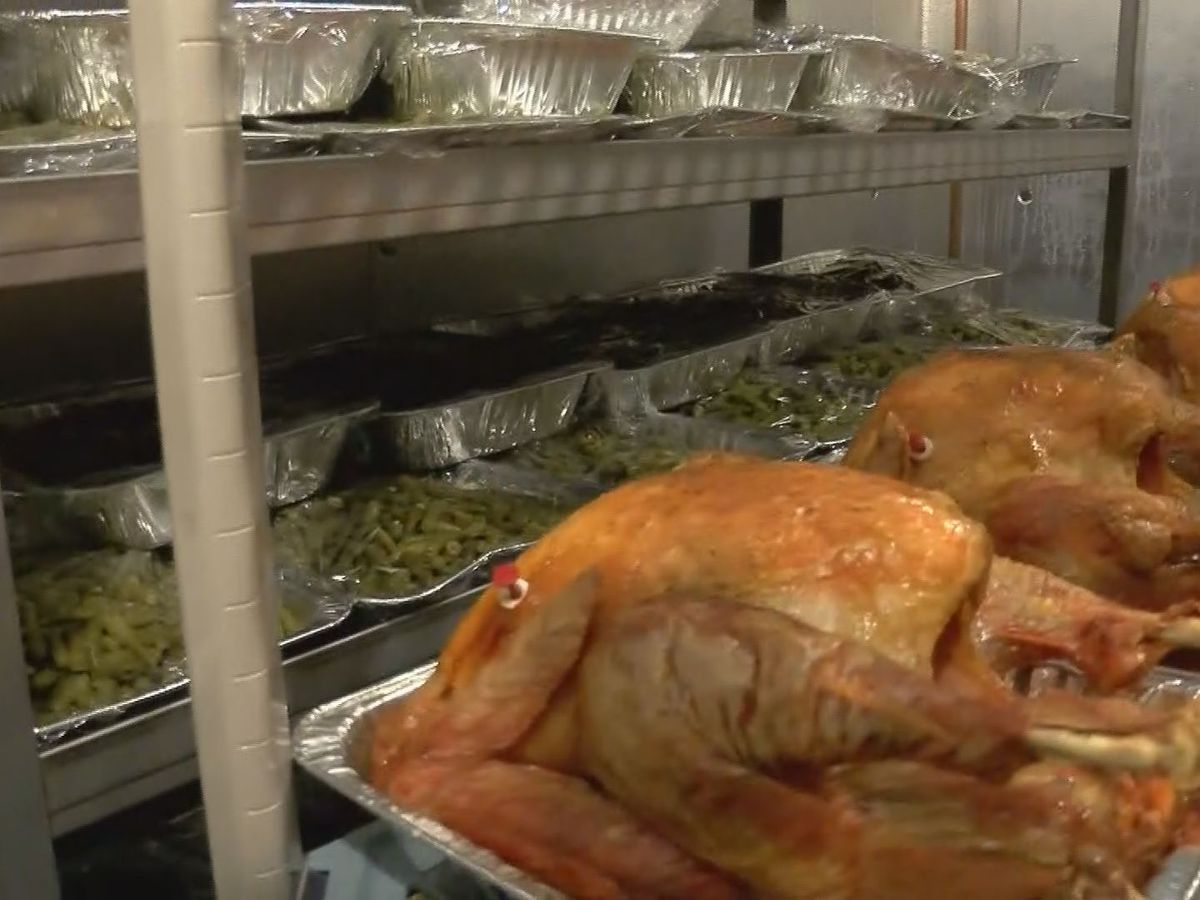 Giving Heart Community Thanksgiving Feast goes curbside