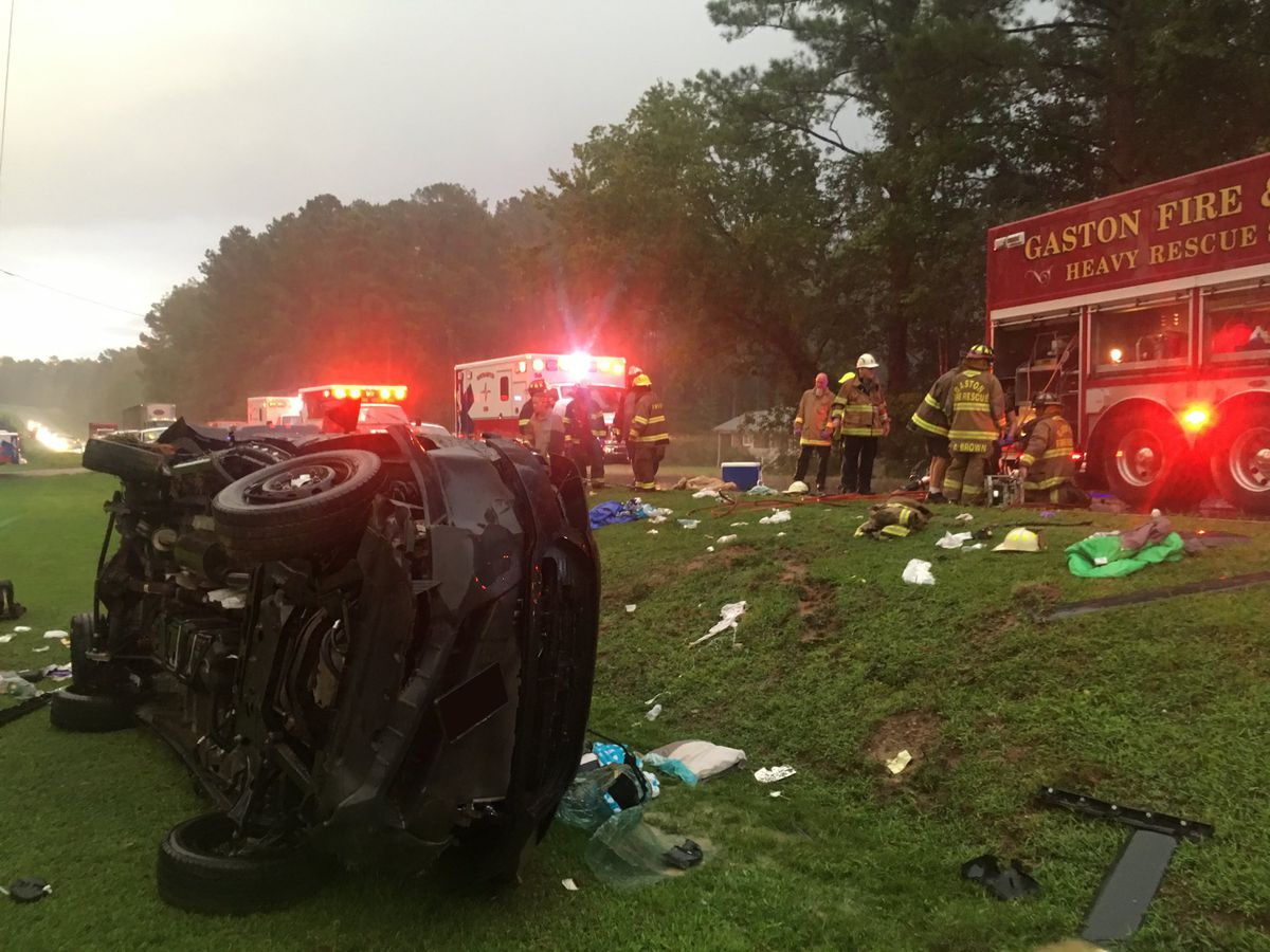 17 hospitalized in North Carolina multi-passenger van crash