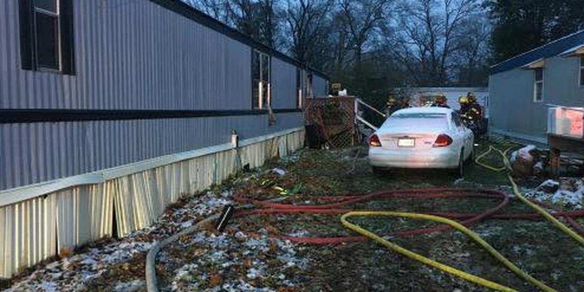 Crews respond to Sunday morning mobile home fire