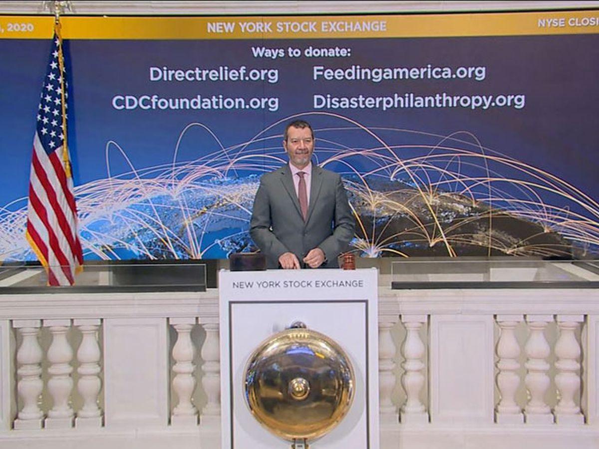 Global stock markets skid as coronavirus infections soar