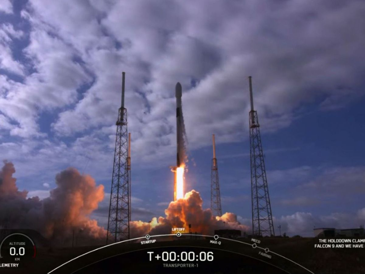 SpaceX launches 143 satellites in record-setting mission