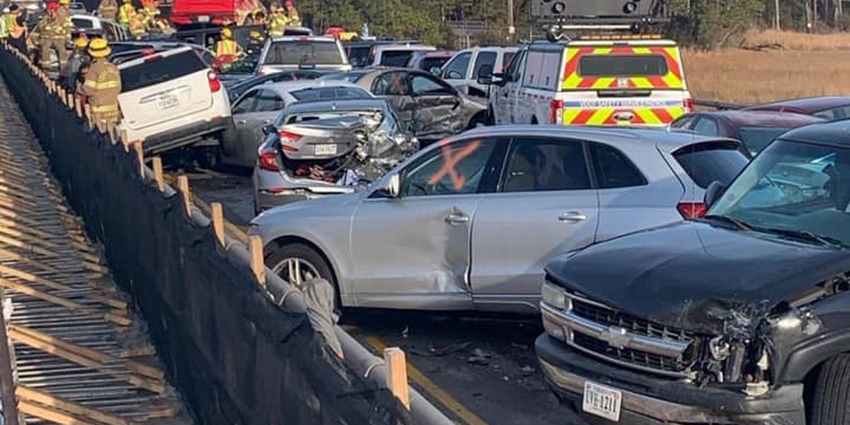 Massive crash causes 45-car pile up on U.S. interstate