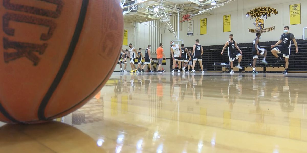 Randolph-Macon pauses all athletic activities