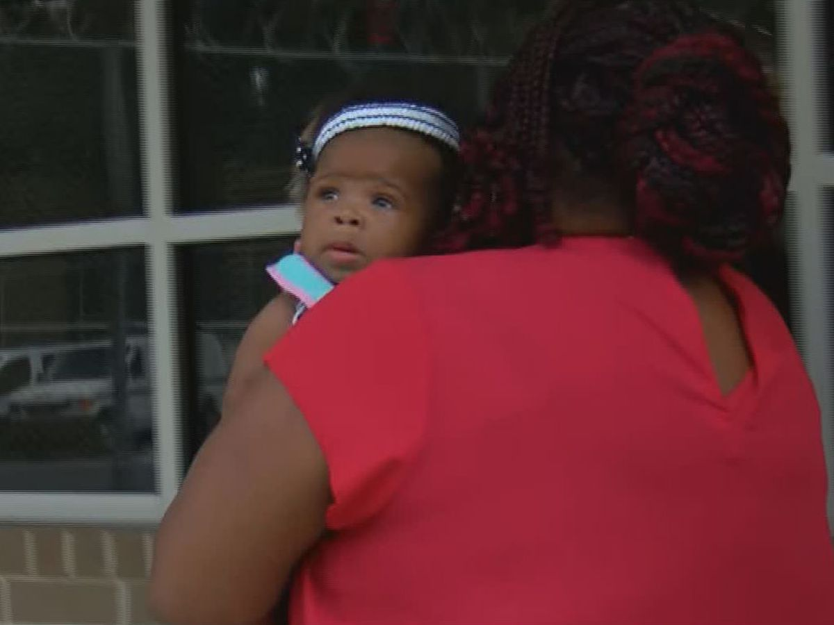 Abducted Bladen County, N.C., baby found alive at bus stop; mother in custody