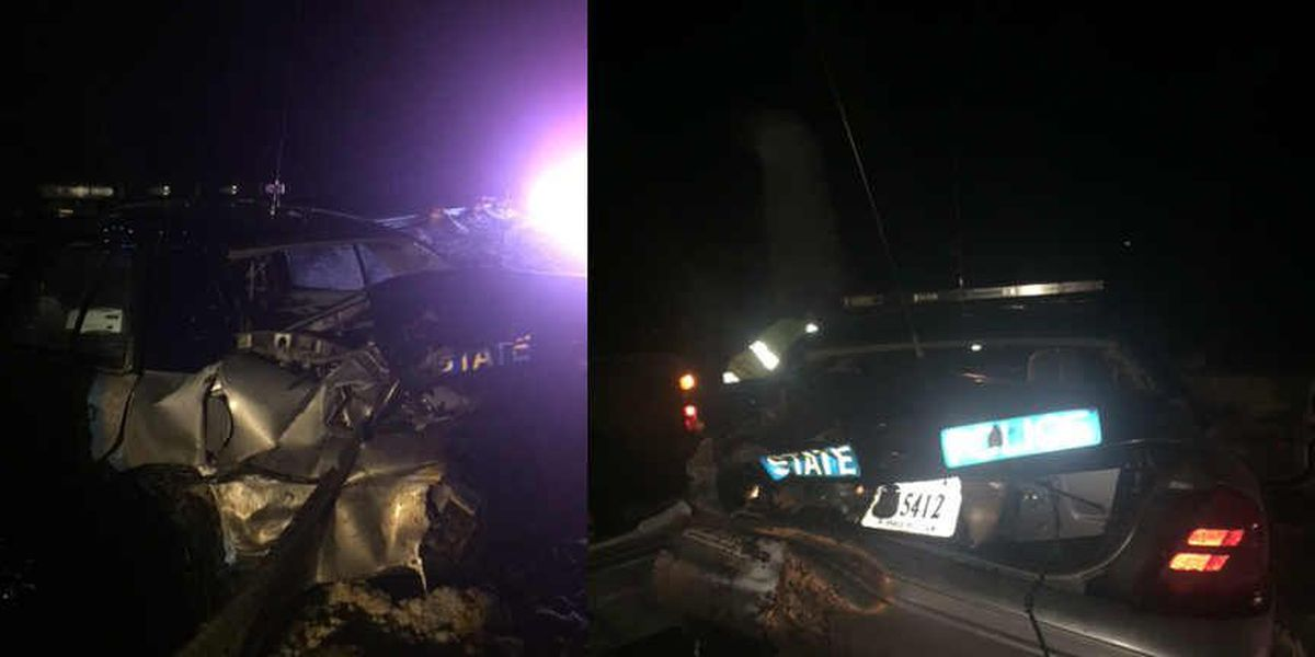 State Police cruiser hit while trooper helps driver on I-95
