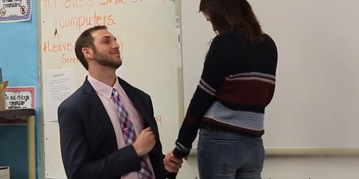 WATCH: La. man proposes to girlfriend in 3rd grade classroom where they met