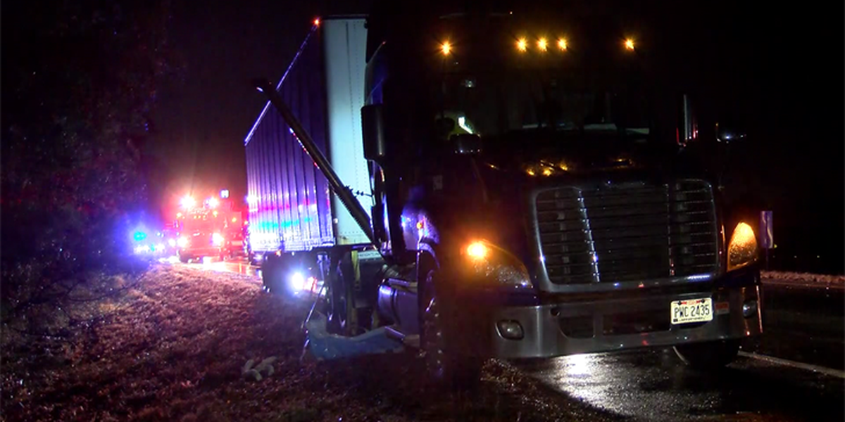 Tractor-trailer jackknifes on I-95, spilling fuel everywhere