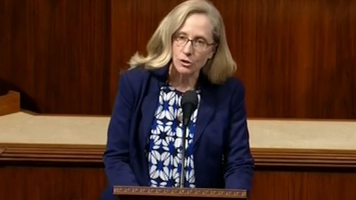 Spanberger honors 9-year-old Markiya Dickson on House floor