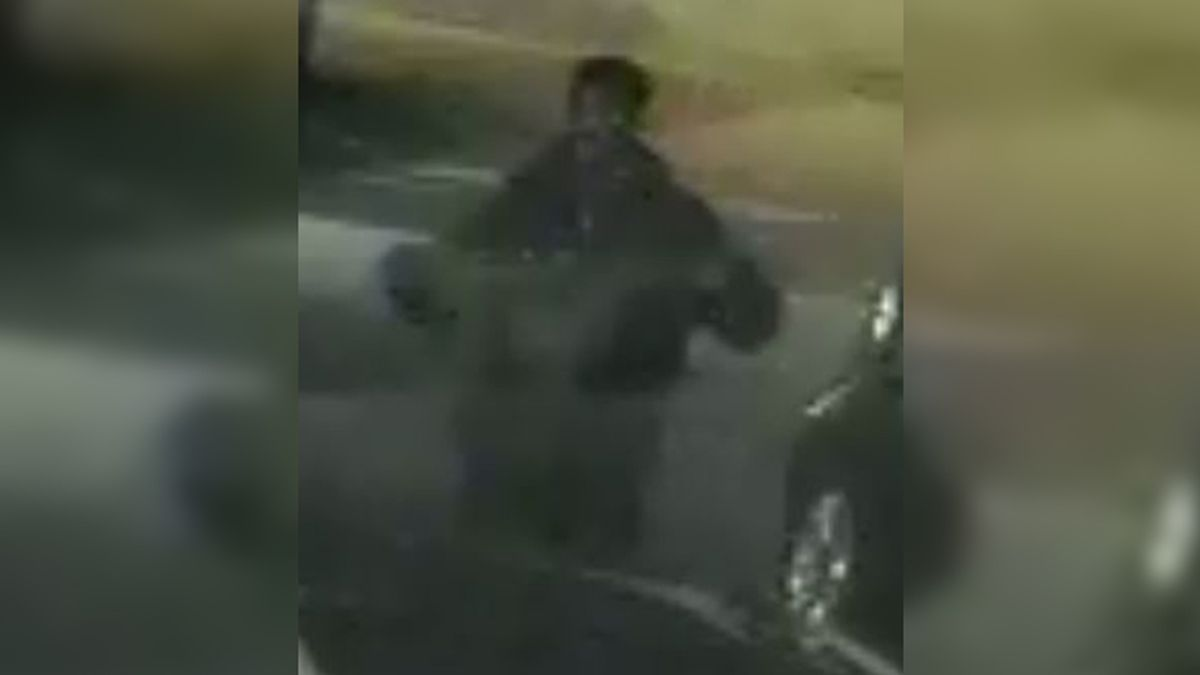 Richmond police searching for street assault, robbery suspect