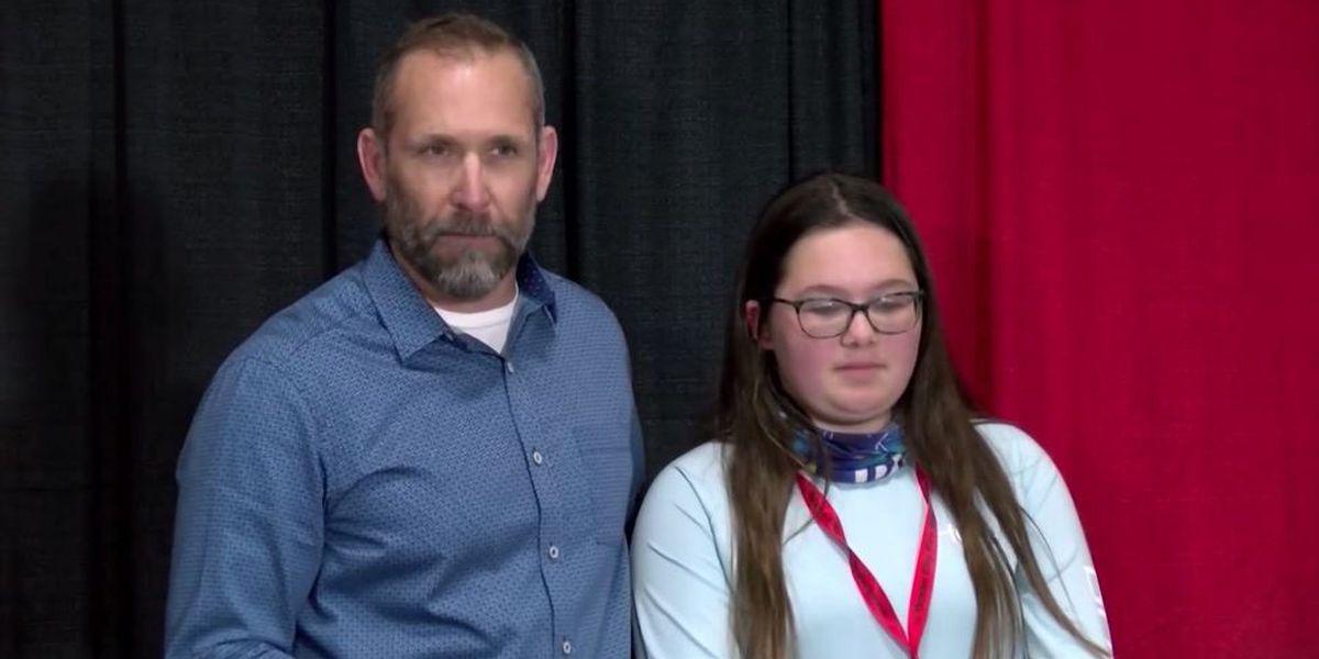 Good Samaritan recalls jumping from bridge to save 2-year-old after car crash