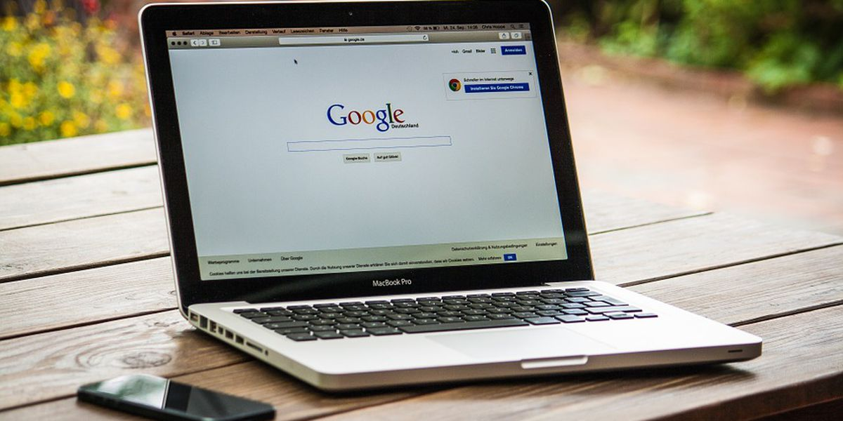 Americans are getting financial advice from Google