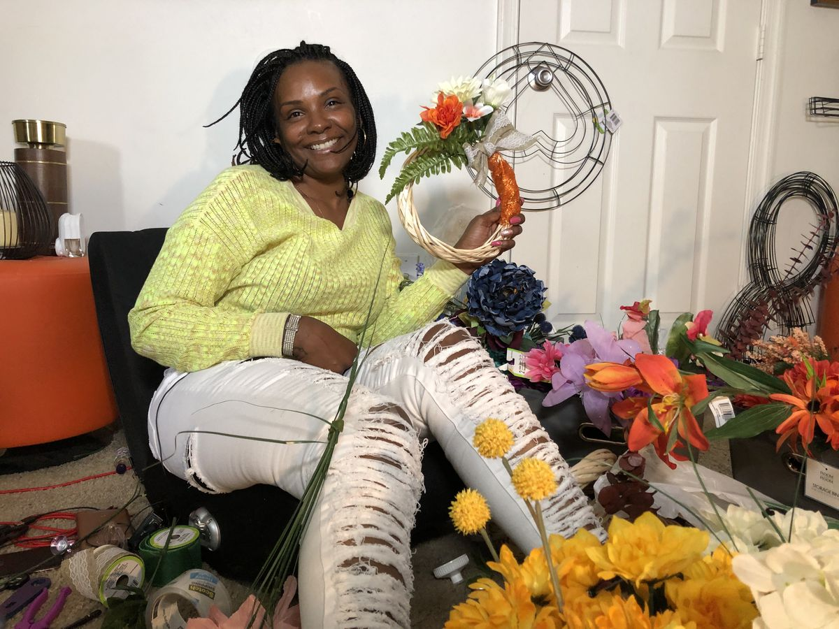 Chesterfield florist makes 'Peace Wreaths' for grieving families of homicide