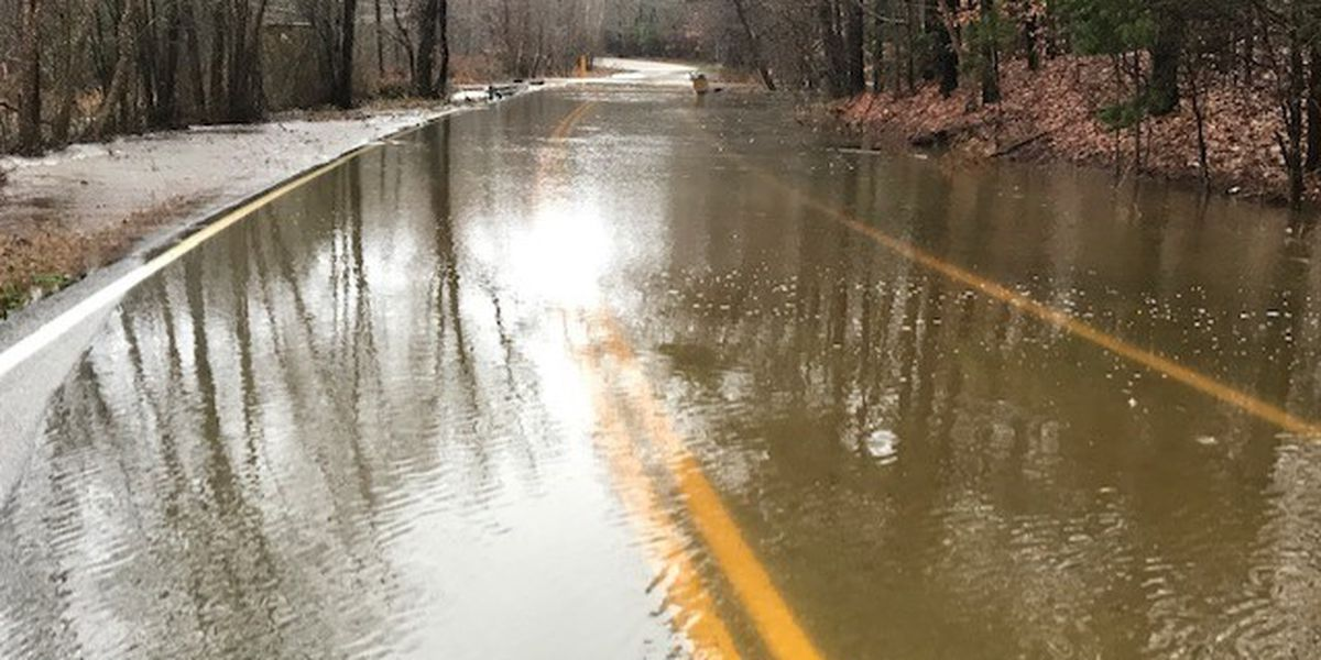Flooding closes roadway in Chesterfield
