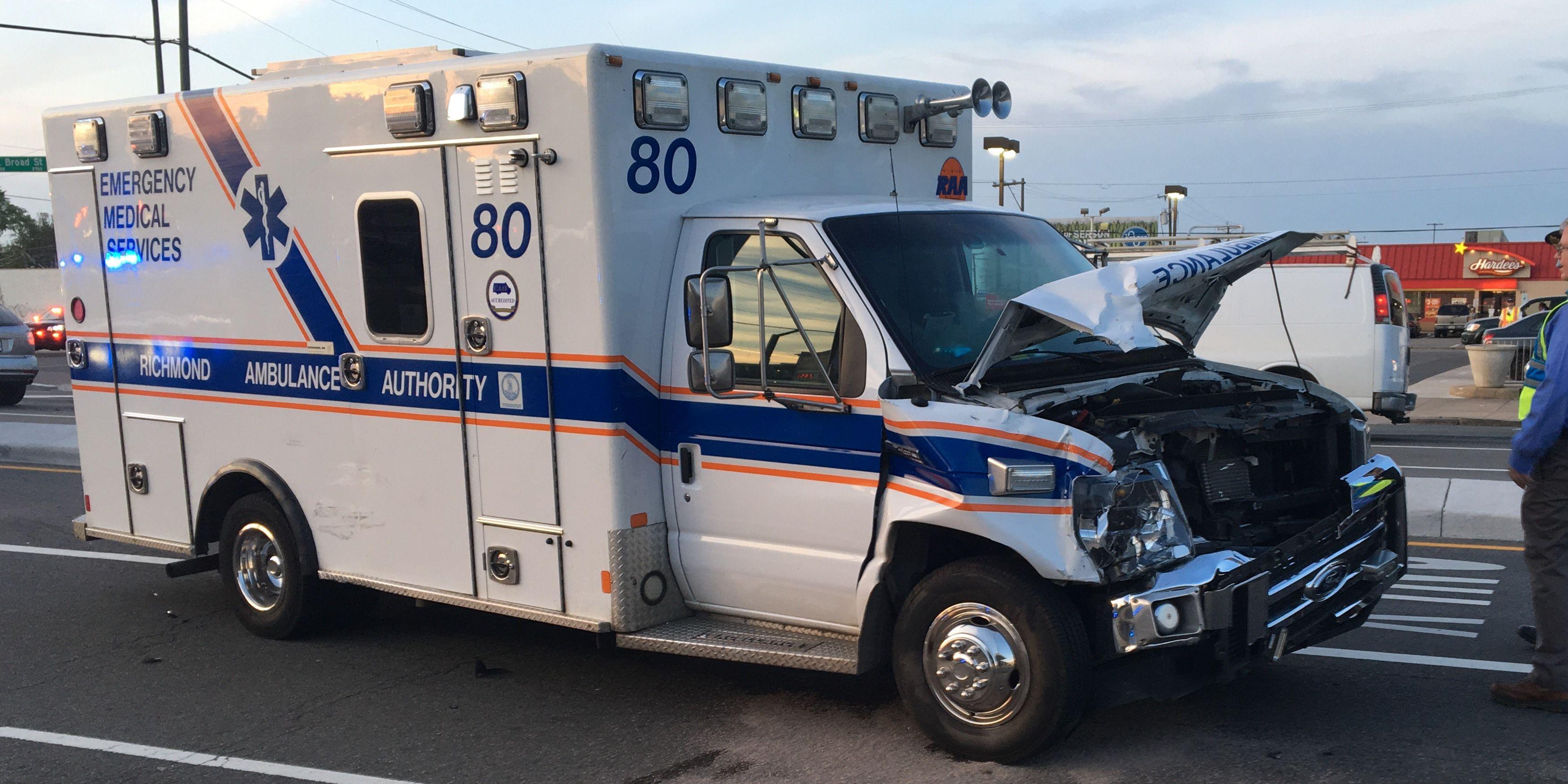 4 injured in crash involving Richmond ambulance