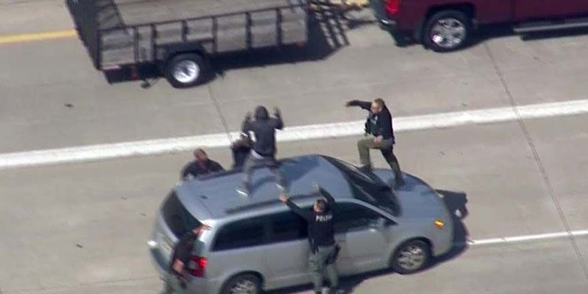 Man tackled from roof of minivan after high-speed chase in Detroit