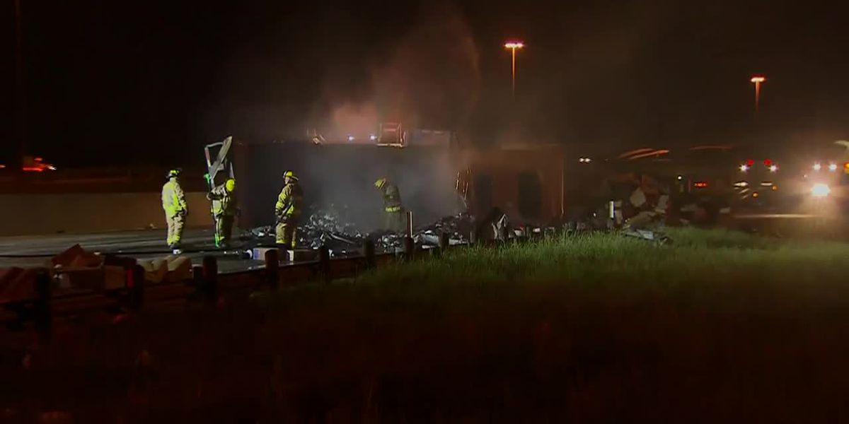 Truck carrying toilet paper crashes, burns on Texas interstate