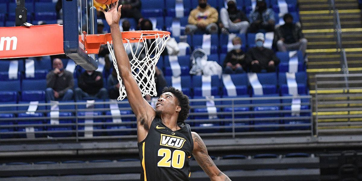 Buzzer-beating triple sinks VCU at Penn State