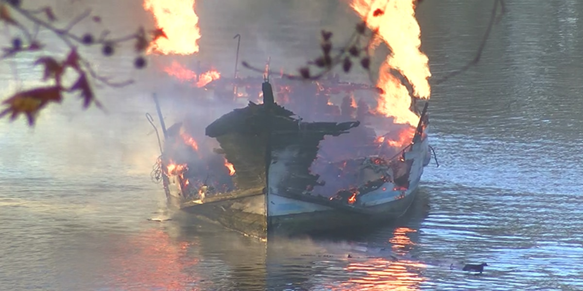 Neighbor's screams help save boaters during marina fire