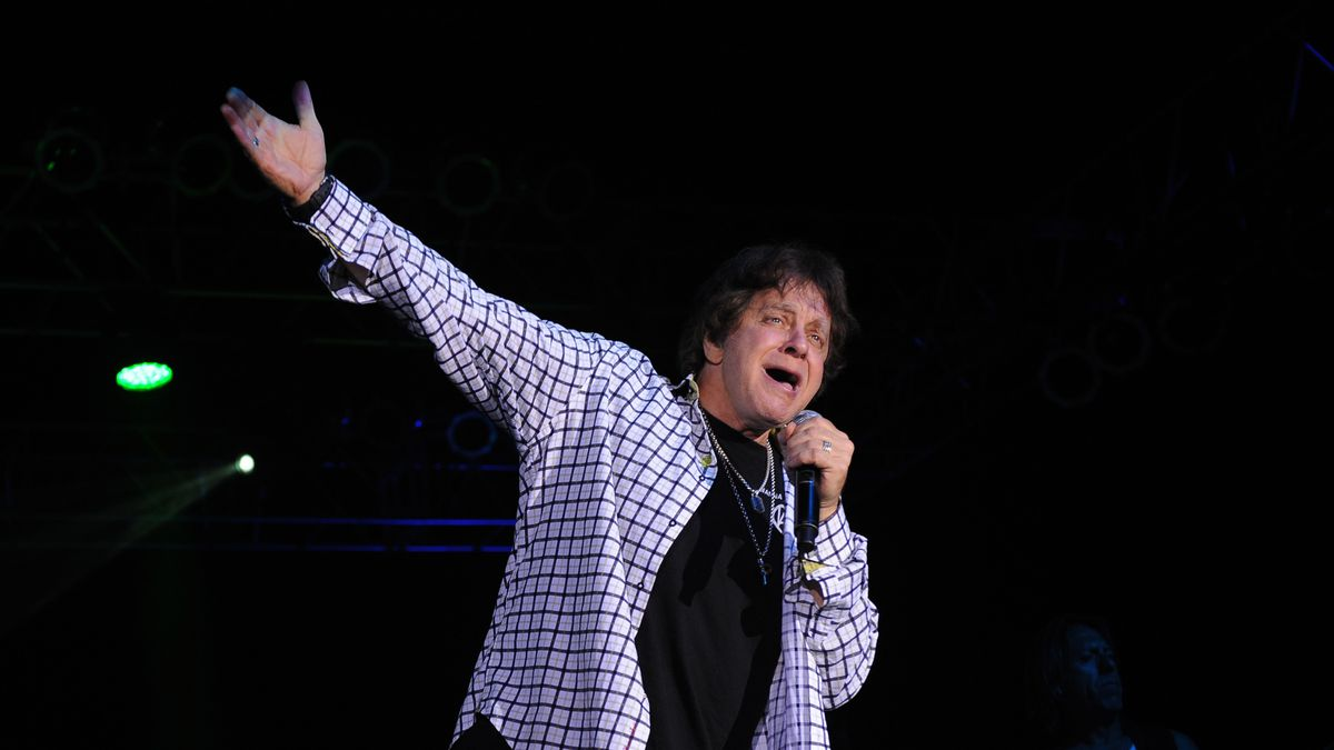 Singer Eddie Money says he has stage 4 esophageal cancer