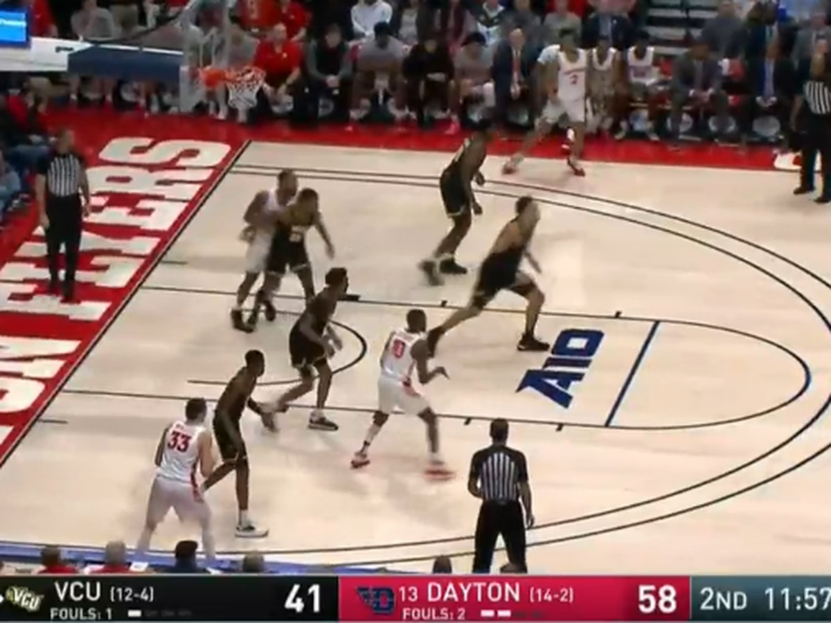 Hobbled Toppin carries No. 13 Dayton past VCU, 79-65