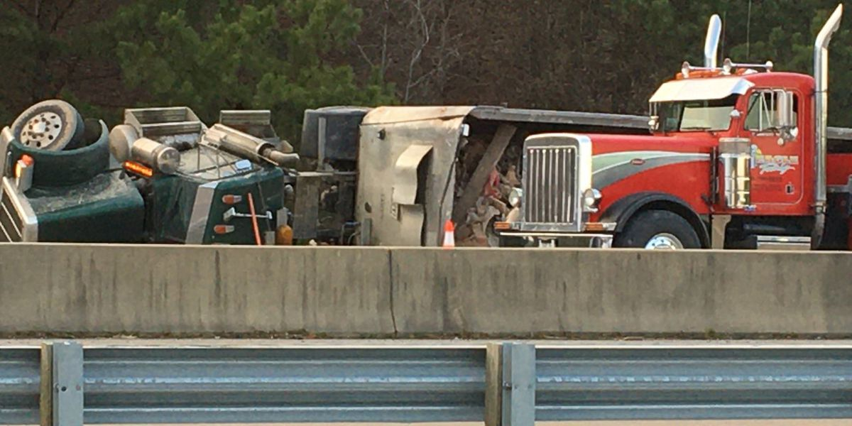 Driver charged after tractor-trailer overturns on ramp in Chesterfield
