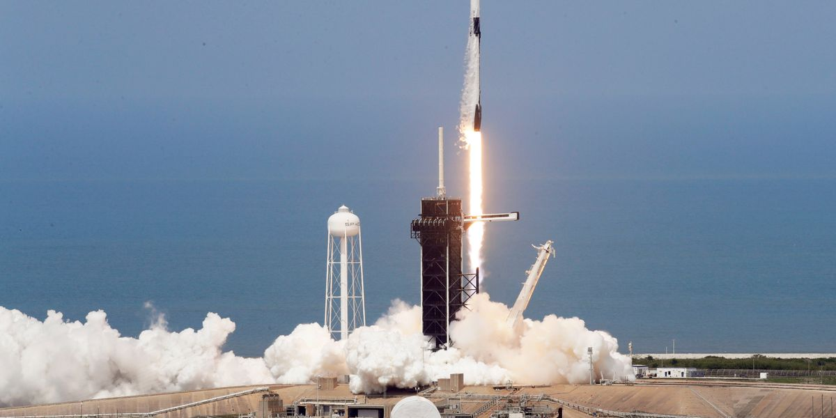 SpaceX Dragon crew launch