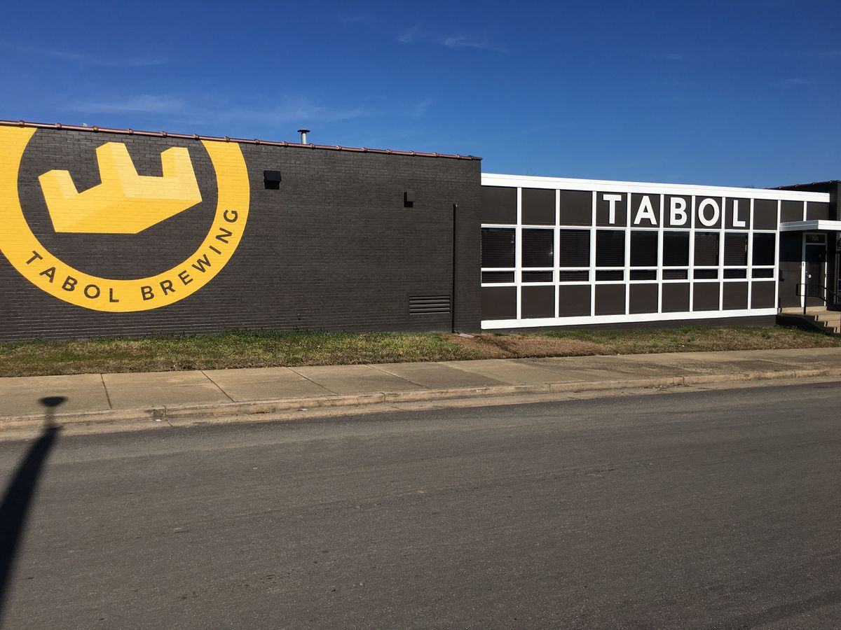 Tabol Brewing pours glasses in Northside