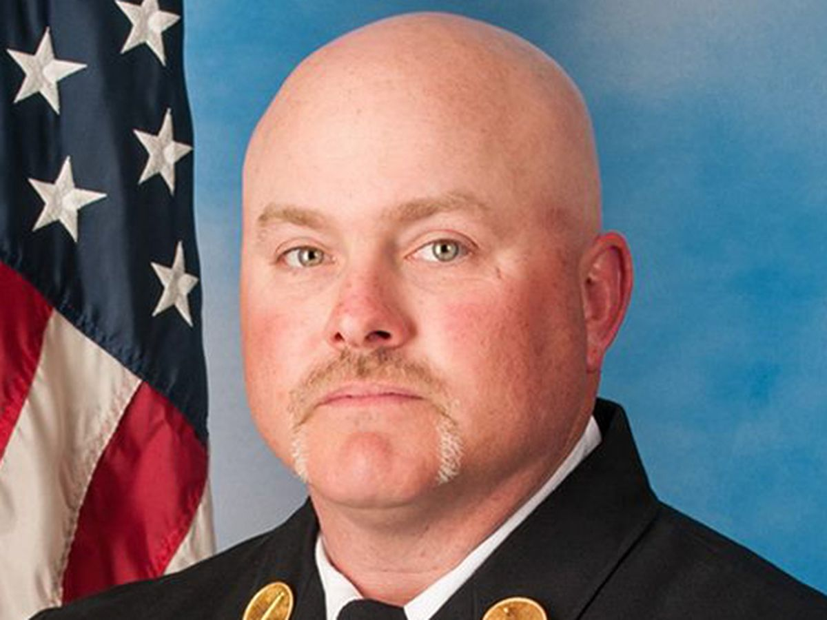 Memorial service for fallen firefighter set for 2 p.m.
