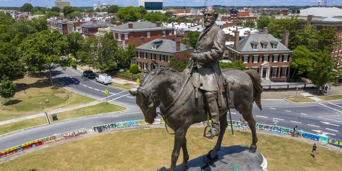Judge starts new injunction barring Lee statue removal in Richmond