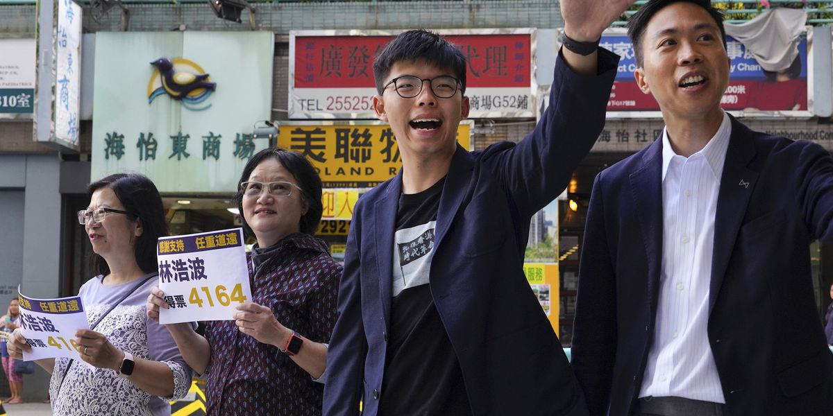 Pro-democracy camp wins landslide in Hong Kong vote