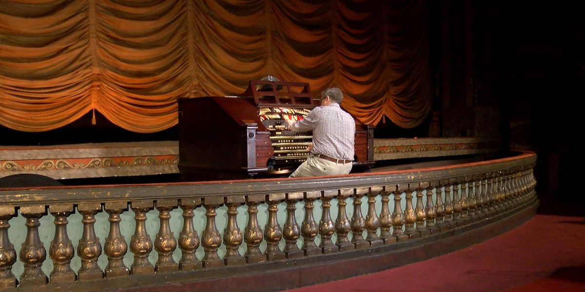 Performance of world-renowned Wurlitzer organ Friday night