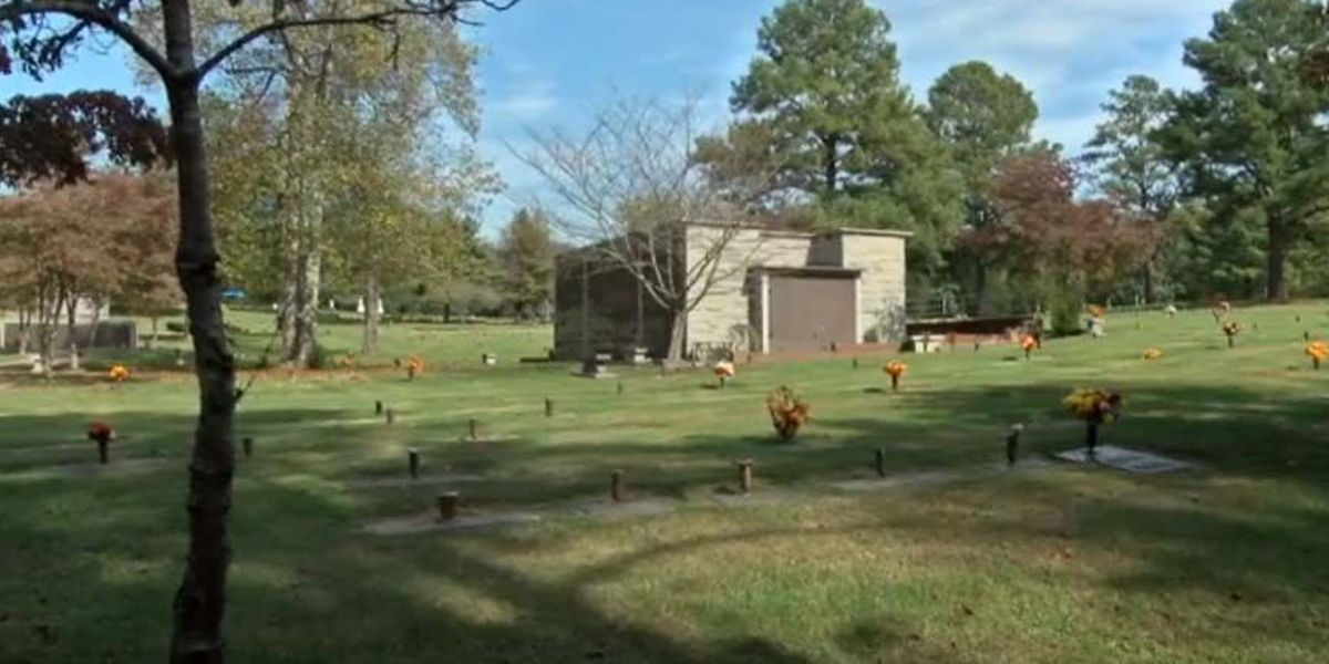 Woman says Chesterfield cemetery double sold her burial plot