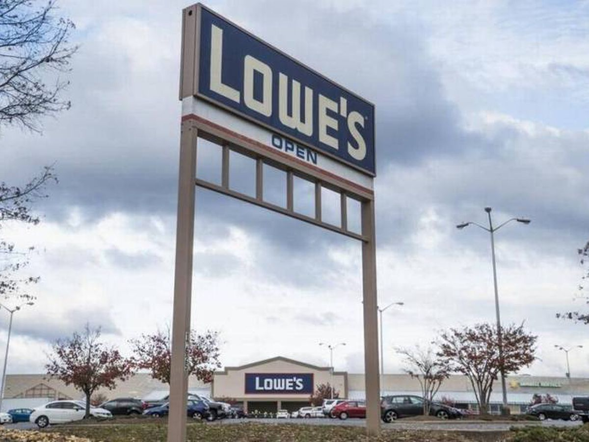 Lowe's closing stores on Easter to allow teams to 'recharge'