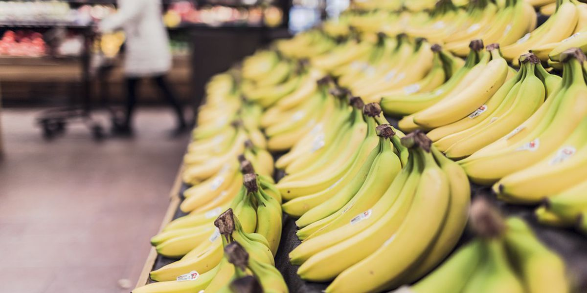 How to avoid grocery store tricks to save money