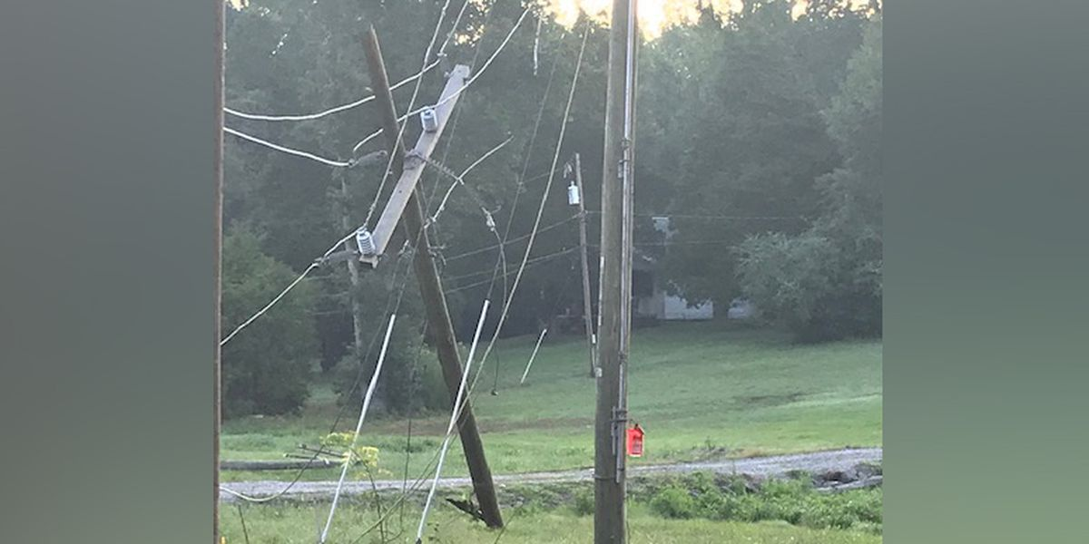 Driver slams into power pole knocking out power, closing Henrico road