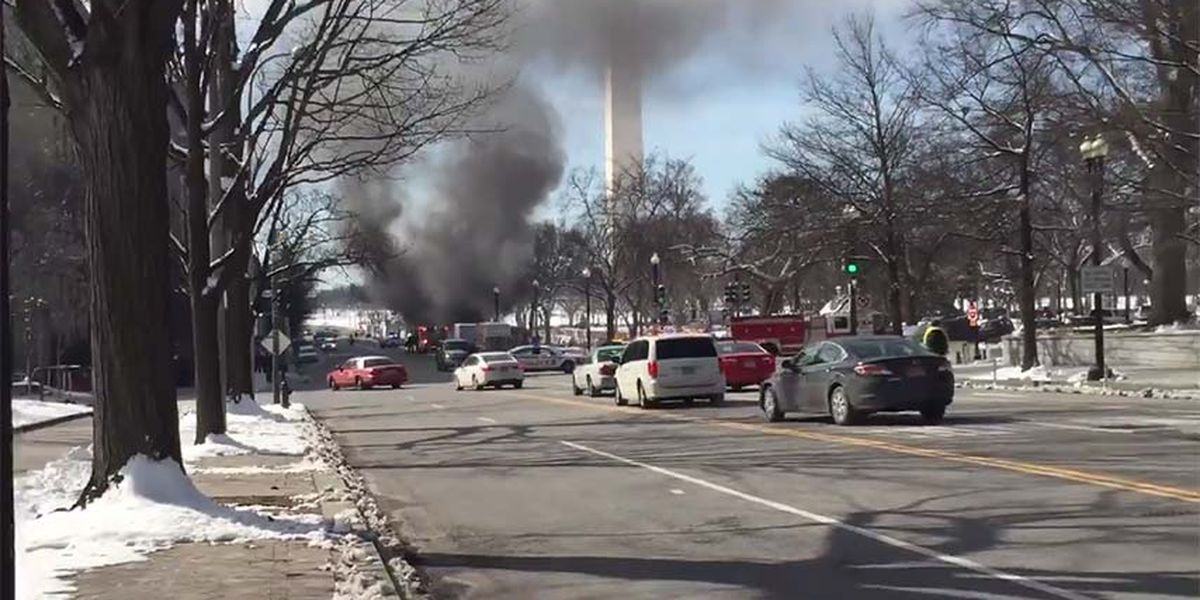 Fire prompts lockdown at White House; delays president