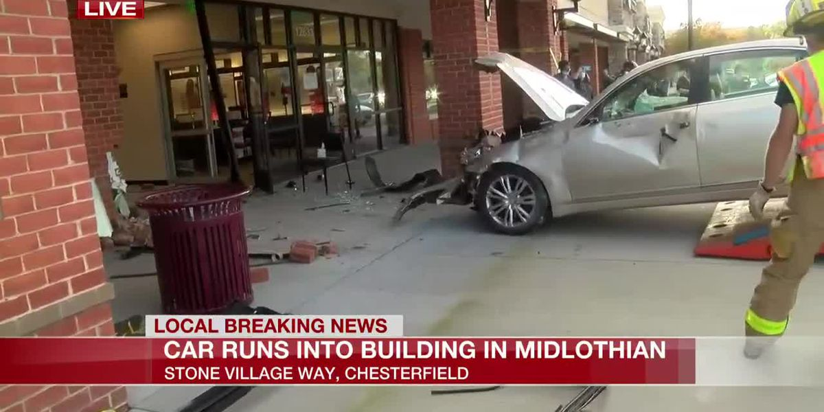 4 injured after car crashes into Chesterfield shopping center building