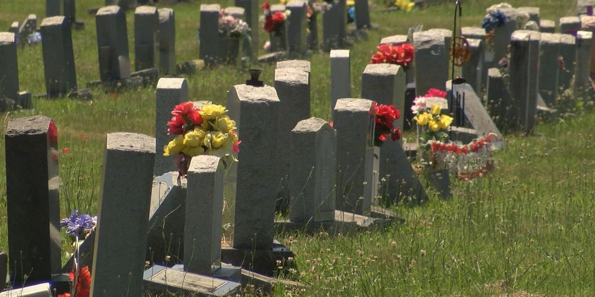 'They had a duty to fulfill and they didn't do that': Family upset after cemetery mishap