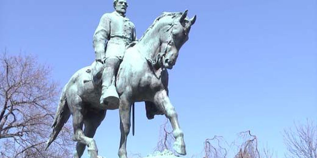 Lee statue removal sparks protests in Charlottesville