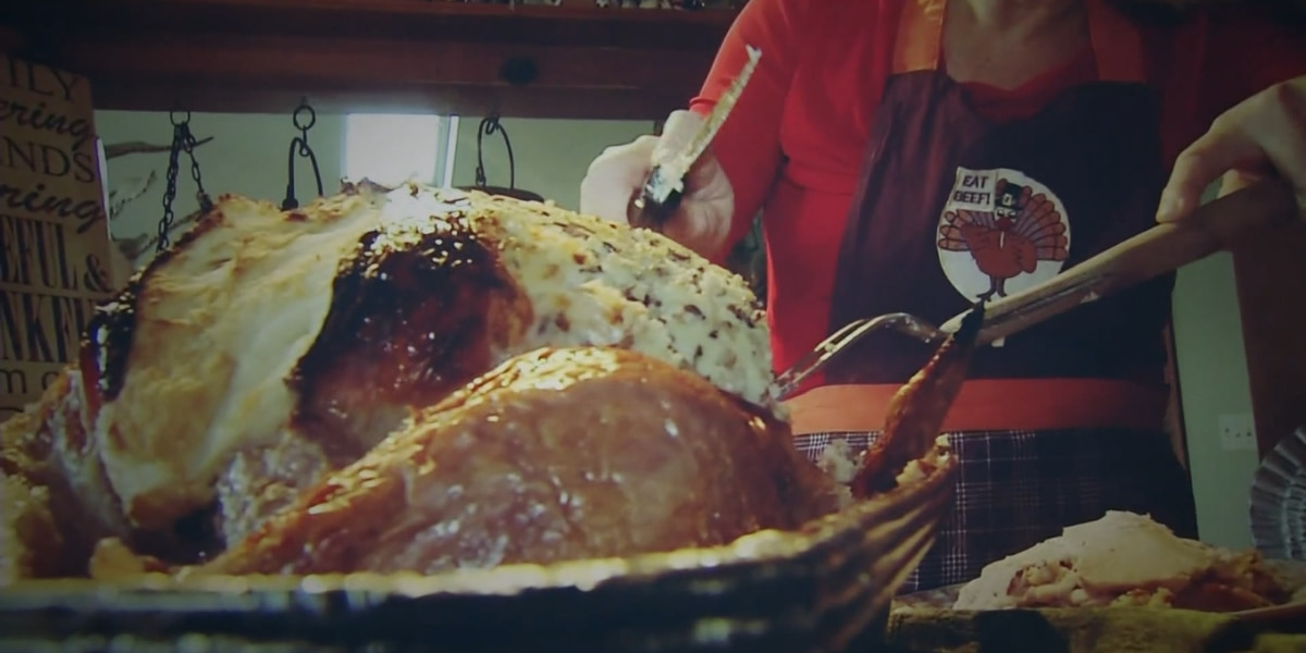 Health dept. alerting families to not gather indoors for Thanksgiving this year