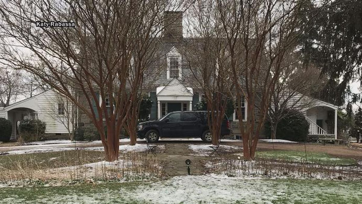 Bride out thousands of dollars as Virginia Bed and Breakfast 'suddenly' closes