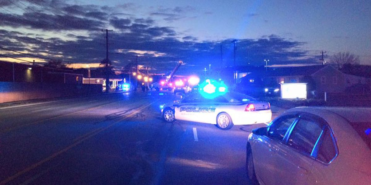 UPDATE: Man killed in 2-vehicle crash in Colonial Heights