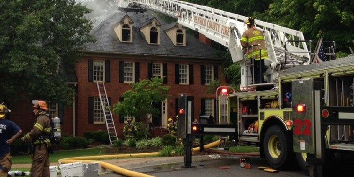 Crews battle visibility, high heat issues in Henrico house fire