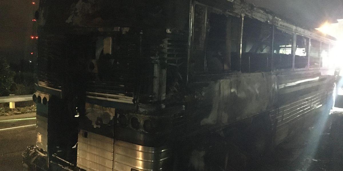 Driver escapes passenger bus fire