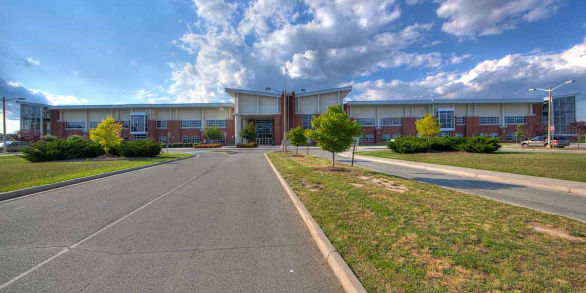 Deep Run High School recognized as a National Blue Ribbon School