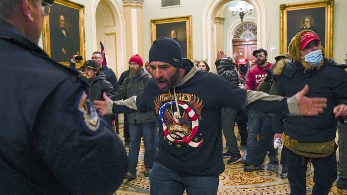 More than 170 cases opened in federal probe of U.S. Capitol attack