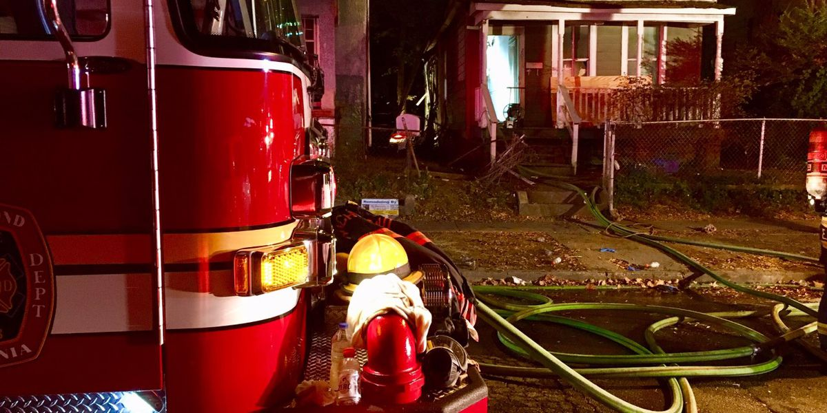 2 homes damaged in overnight fire in Richmond