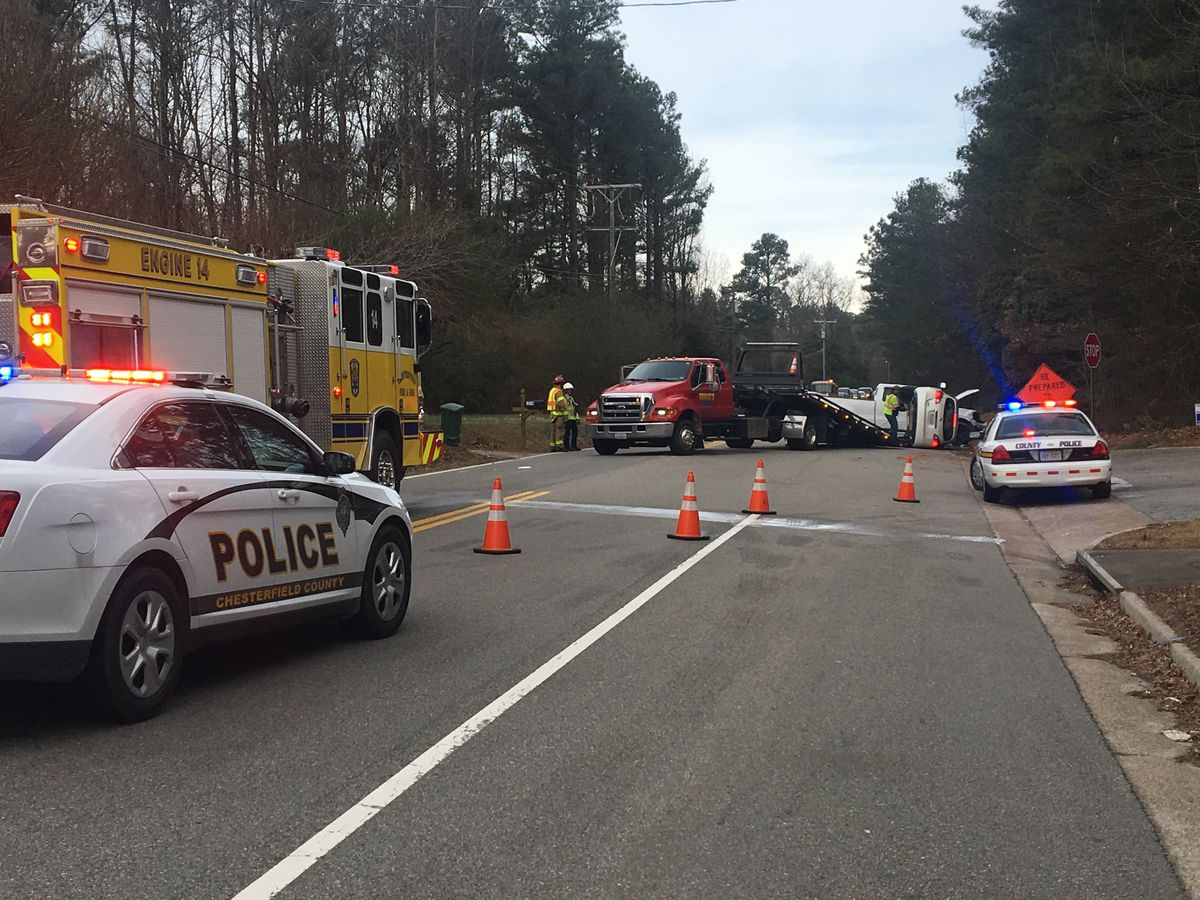 2 injured in crash on Happy Hill Road