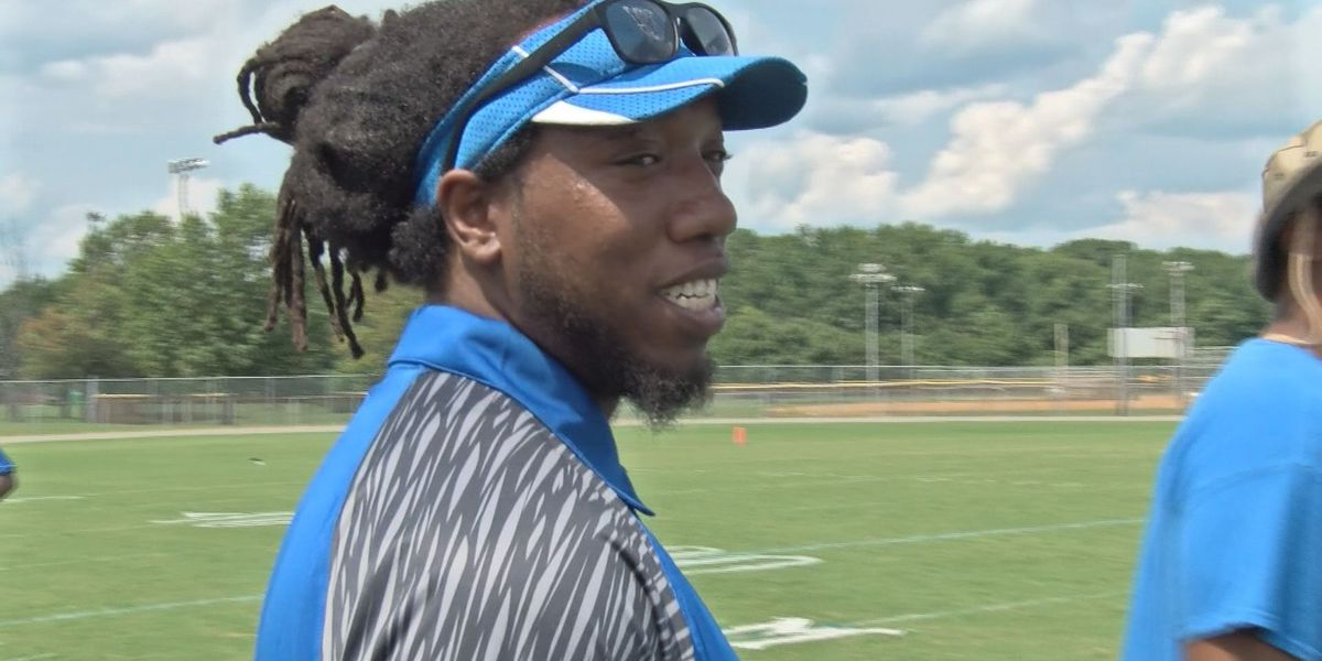 Former teammates Jones, Sims set to face off as opposing head coaches