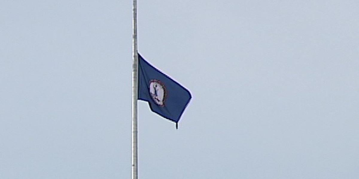 Northam orders state flags to be flown at half-staff in honor of Va. Beach victims